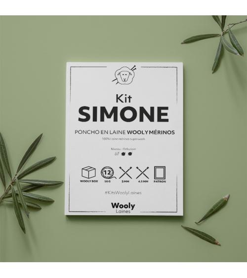 Poncho Simone - Kit de Tricot en laine Wooly Mérinos Pelote de 50 gr. Niveau avancé. Avec le poncho Simone, le rêve de glisser