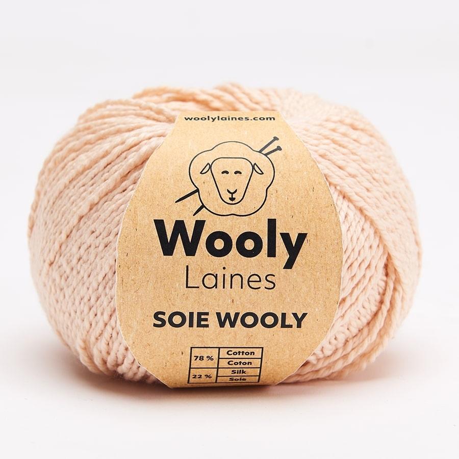 PELOTE DE LAINE SOIE WOOLY Pelotes de 50gr.  Besoin de se protéger du froid ou de la chaleur? Notre fil à tricoter Soie Wooly