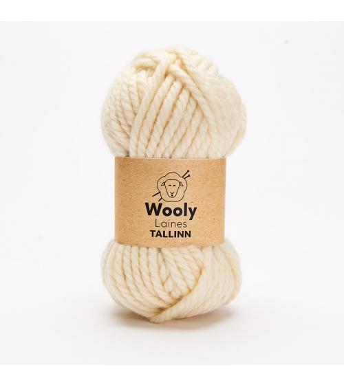 PELOTE DE LAINE TALLINN Pelote de 100gr.  Tallinn est une laine DURABLE et RÉSISTANTE! Torsadé à 3 fils, elle est résistante à