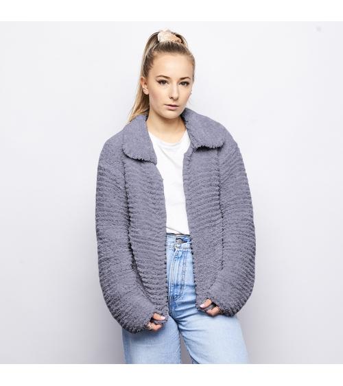 Veste Sandra - Kit de Tricot en laine Wooly Doux Pelote de 100 gr. Veste courte Sandra - Kit de Tricot en laine Wooly Doux Niv